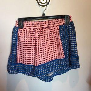 Lush patterned flowy shorts